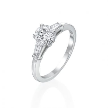 1.01ct Round Diamond Engagement Ring with Tapered Baguette Accents