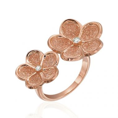 Gumuchian G. Boutique 18k Rose Gold Diamond Daisy Ring