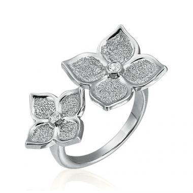 Gumuchian G. Boutique 18k White Gold Diamond Lotus Ring